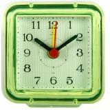 В1-018 (120) Будильник кварц, корпус зеленый